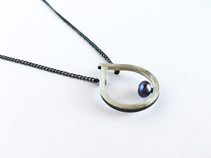 Pearl_Teardrop_Necklace3