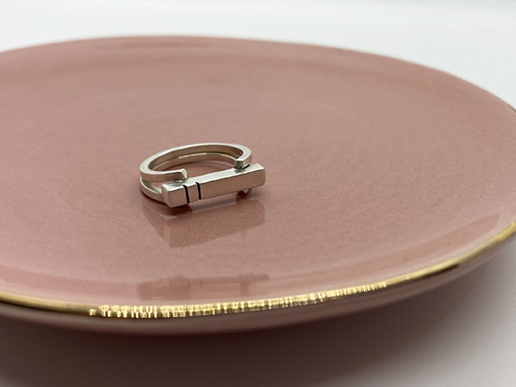 WEB_LE_Statement Ring_Dish1