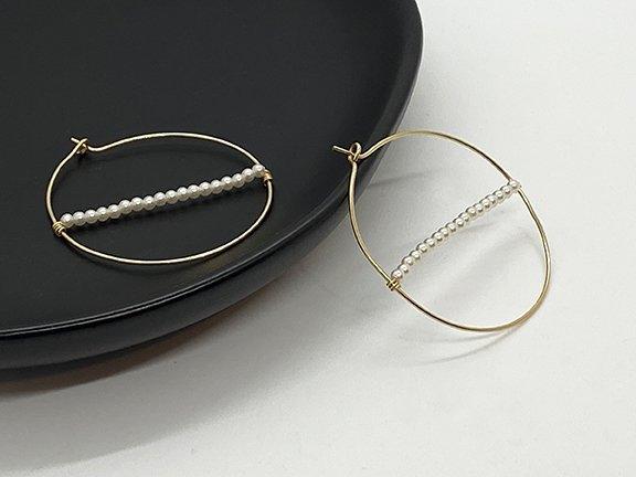 Web_MP_Gold Cross Pearl Hoops_Dish2