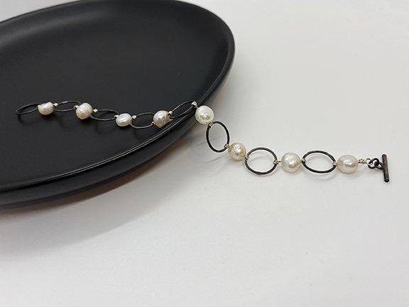 Web_MP_Ox Silver Chain Bracelet_Dish1